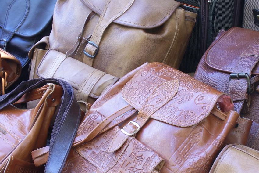 handbags several